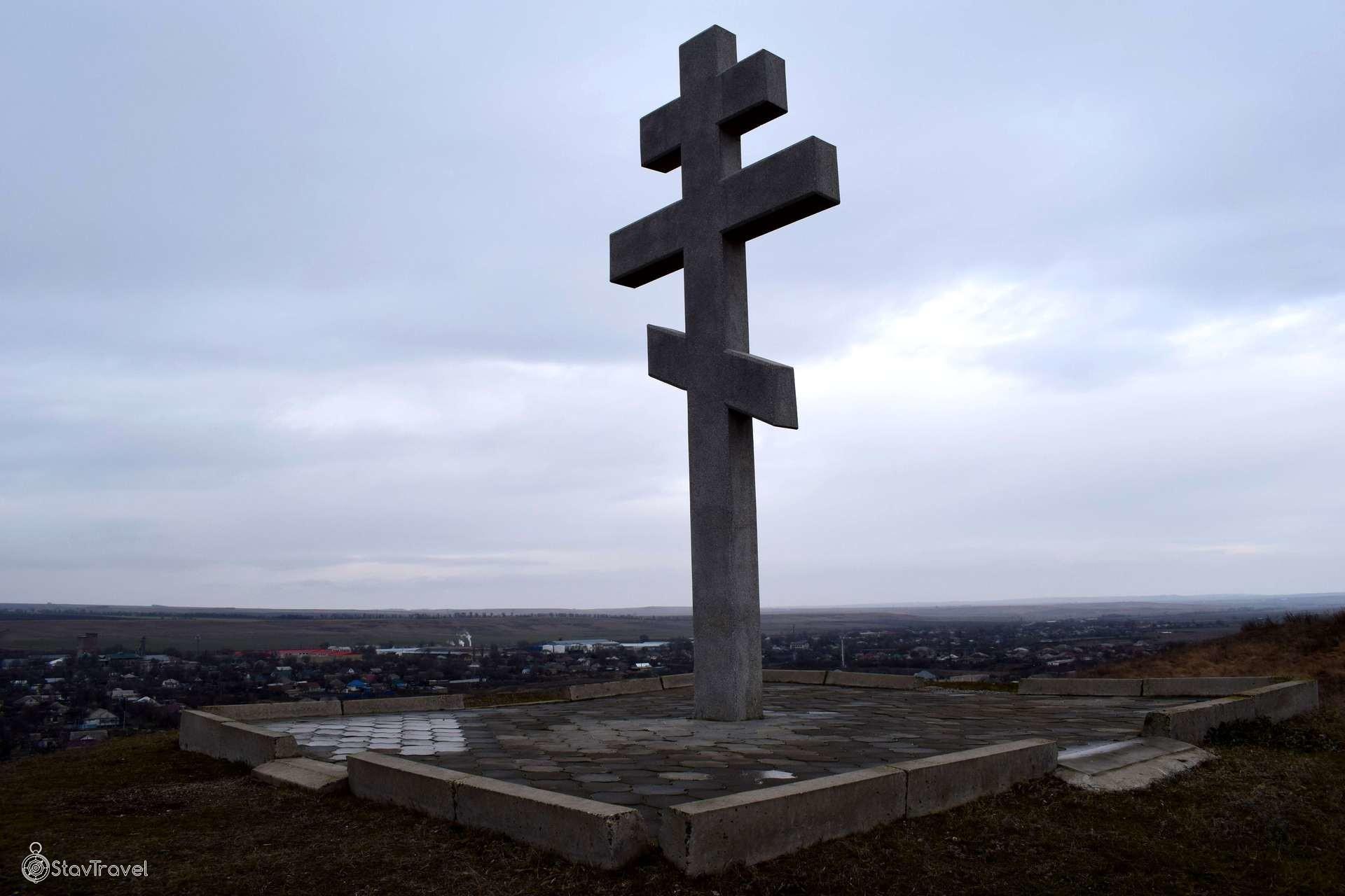 Крест в  селе Грачевка