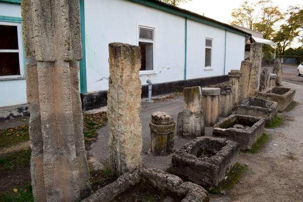 Музей камня в селе Тугулук