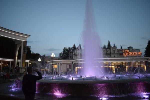 Поющий  светомузыкальный фонтан