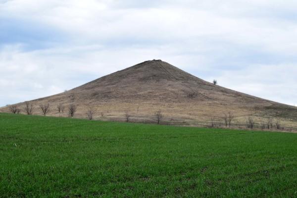 Гора Острая