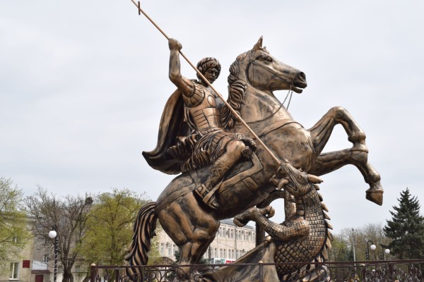 Cкульптура  «Георгий Победоносец»