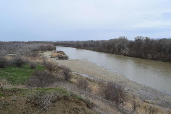 Река Кубань в селе Кочубеевском