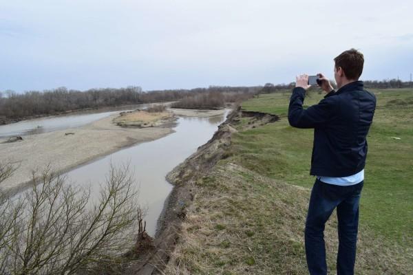 Река Кубань в селе Балахоновском